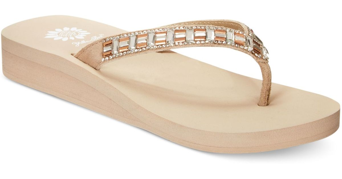 Yellow Box Pleasant Embellished Flip Flops In Natural - Lyst-9759