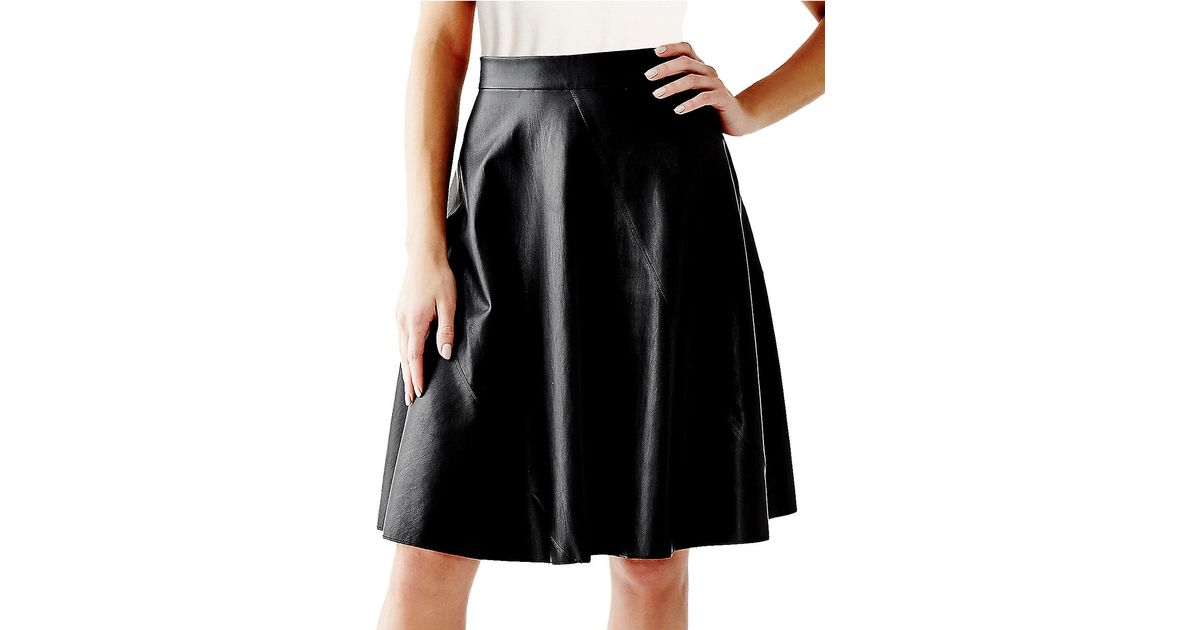 Guess Faux Leather Swing Skirt in Black | Lyst