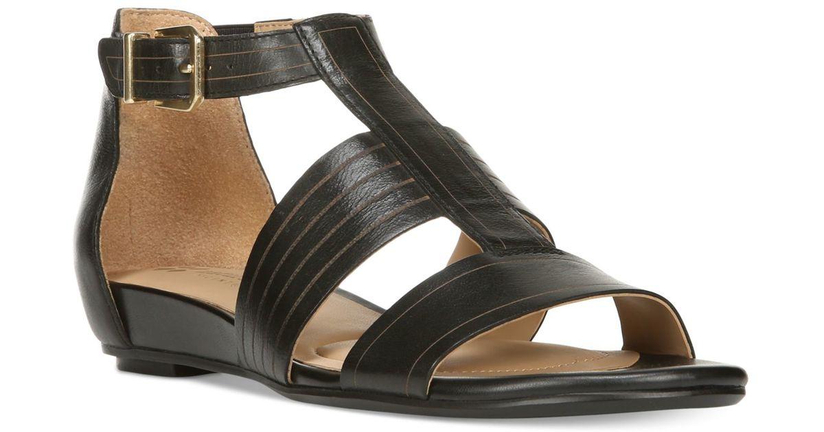 318fdabaceeb Lyst - Naturalizer Longing Sandals in Black