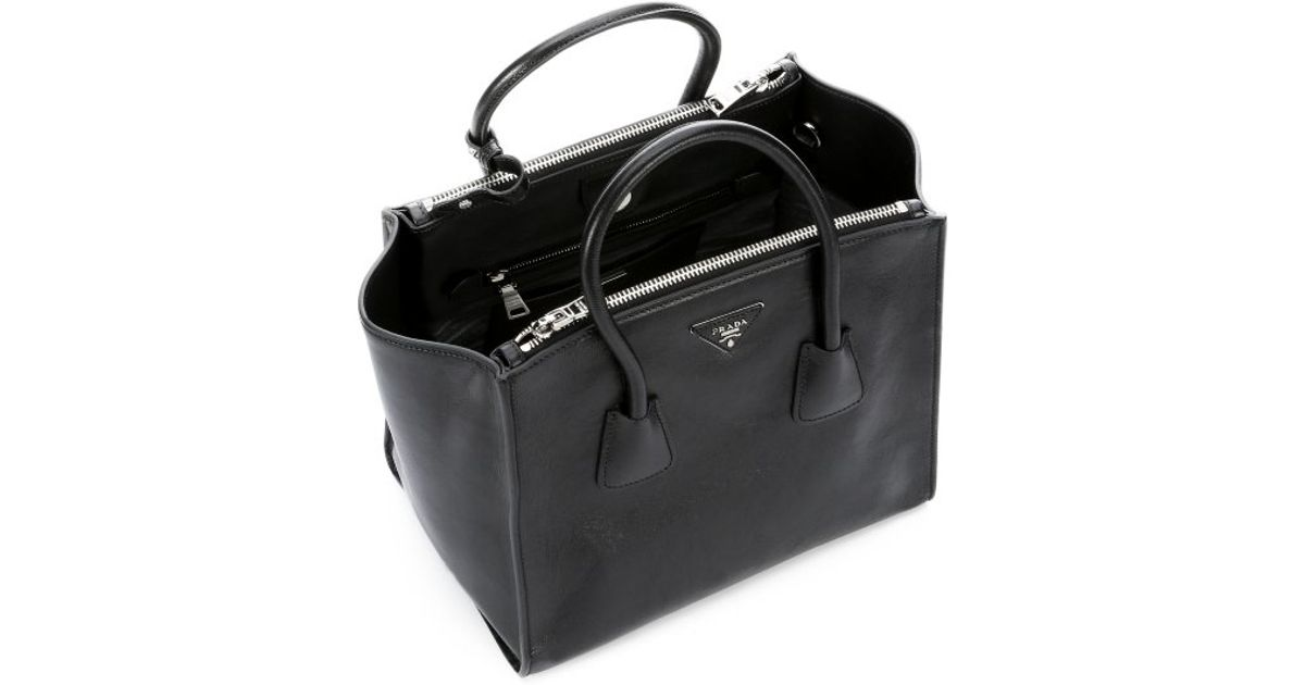 3f6d1133e0a9 Prada Black Grained Leather Twin Pocket Tote Bag in Black | Lyst