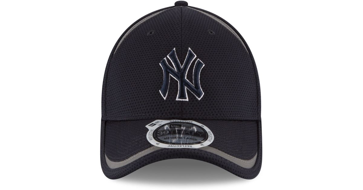 9706d3fe12d ... get lyst ktz new york yankees reflectaline 39thirty cap in black for men  fcdfa 587ce