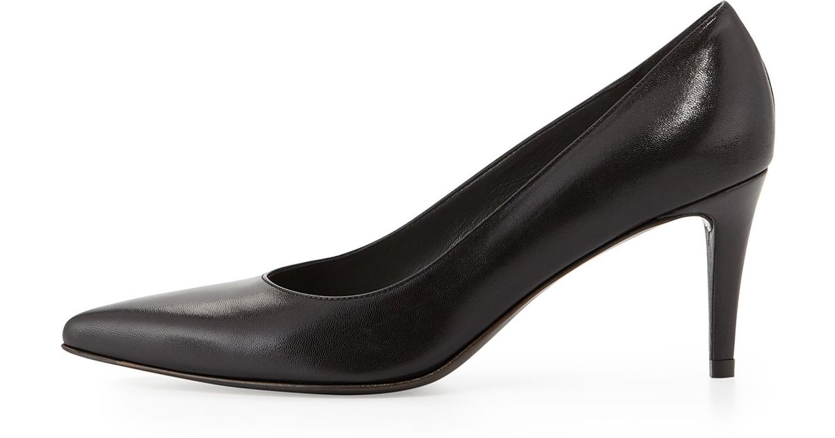 40cbcb0f8064 Lyst - Stuart Weitzman Pinot Leather Pointed-toe Pump in Black