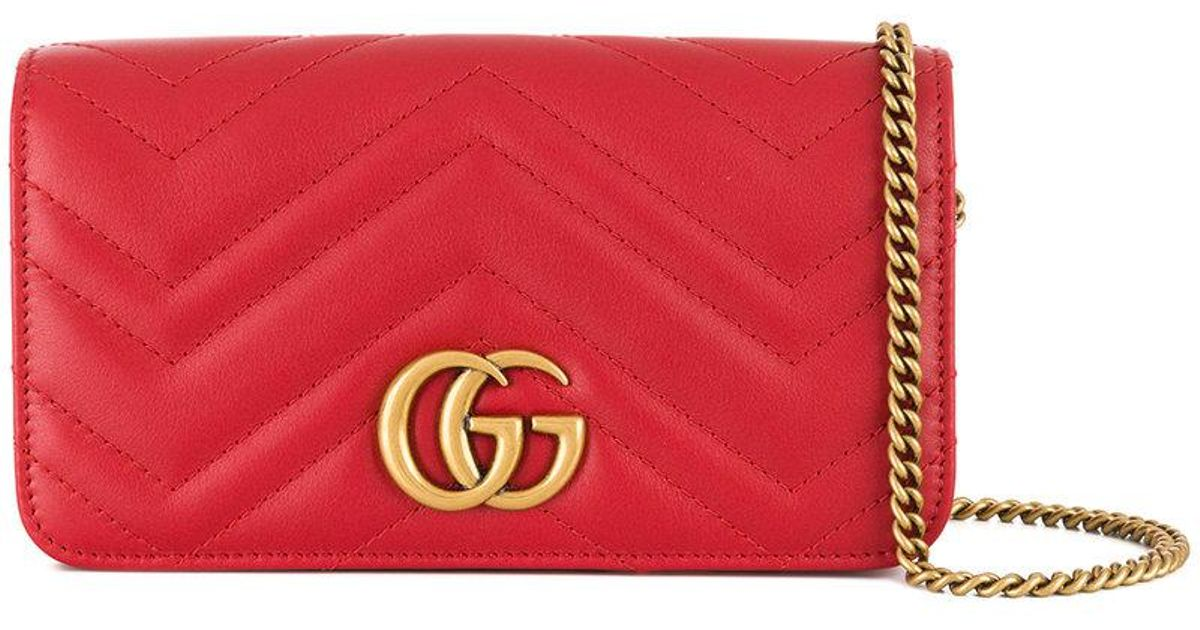 f6fd6a4e3c4 Gucci Gg Marmont Clutch in Red - Lyst