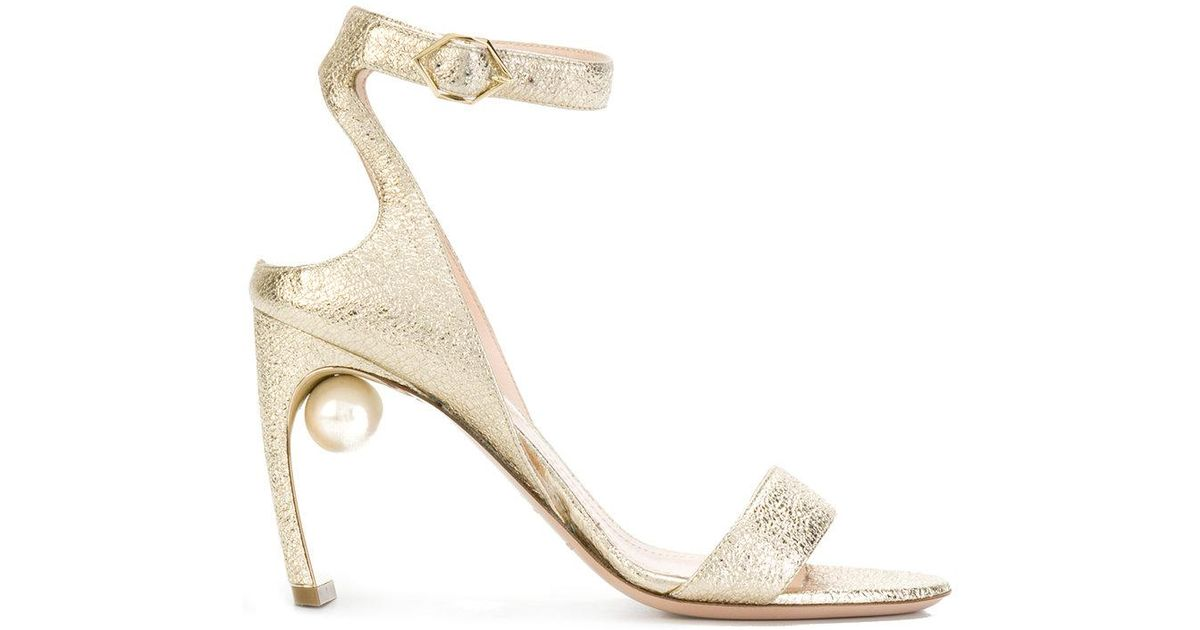 Nicholas Kirkwood Lola pearl sandals - Metallic farfetch Envío Libre De Los Nuevos Estilos Venta Amazon Coste Para La Venta Precio Barato Manchester kOtiICT5qF