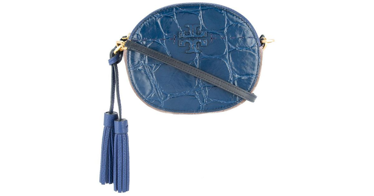 455a5ee5f7 Tory Burch Mcgraw Embossed Round Cross-body in Blue - Lyst
