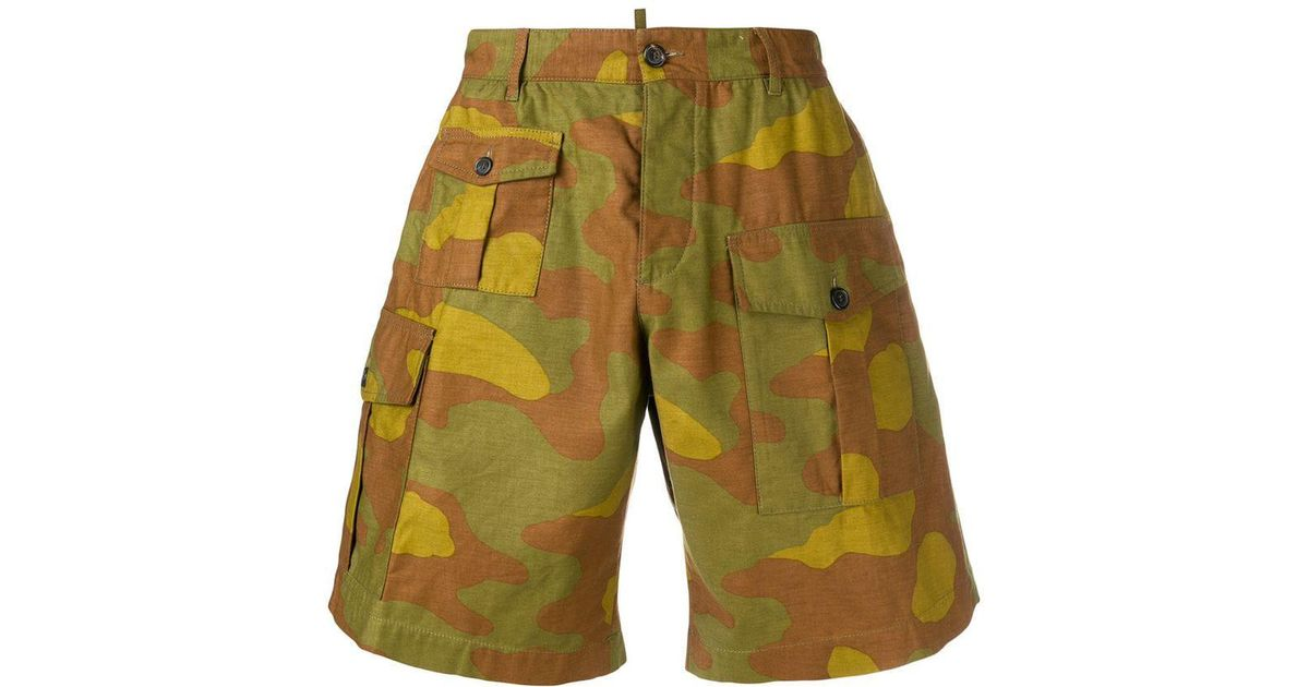 15cc1795ef Dsquared² Camouflage Print Cargo Shorts in Brown for Men - Lyst