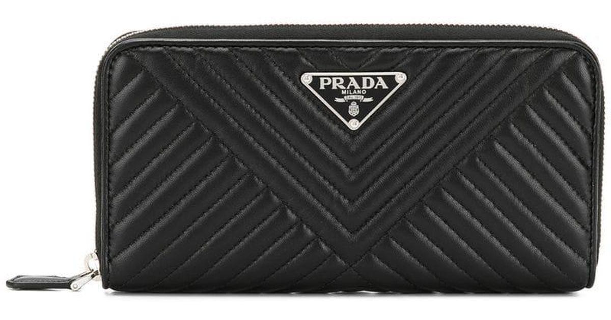 Prada Saffiano Quilted Wallet in Black - Lyst f222da15f6b66