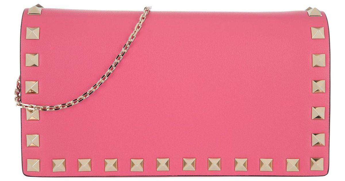 838ee3a546c39 Valentino Rockstud Pochette Shadow Pink in pink Pochette für Damen. ×. BOSS  Orange Herren Bombers Doc 10199208 01 Business Tasche HUGO ...