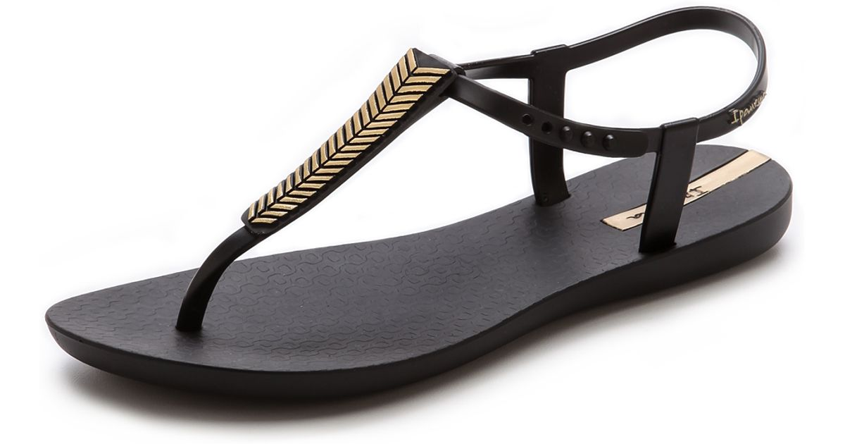 3f829c92760 Ipanema Eva Sandals - Rose Gold in Black - Lyst