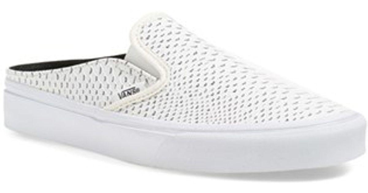 edfe4b0c6a Lyst - Vans  classic  Slip-on Sneaker Mule in White
