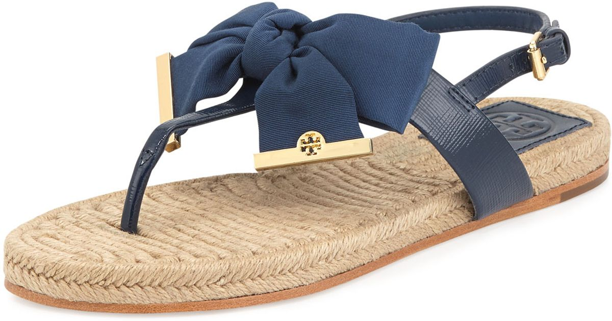 a3762f8abb3 Lyst - Tory Burch Penny Flat Bow Espadrille Thong Sandals Newport Navy in  Blue