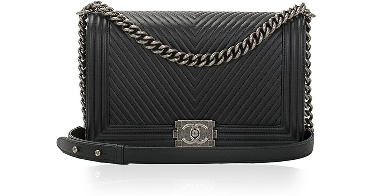 bd3d20d9ef09 Madison Avenue Couture Chanel Black Herringbone Chevron Calfskin Large Boy  Bag in Black - Lyst