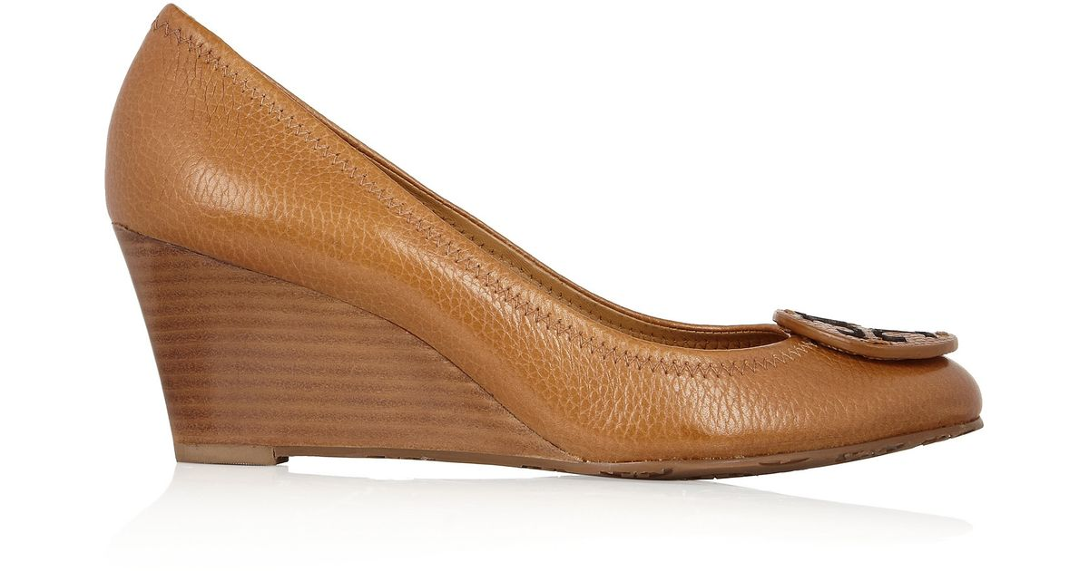 b0881fd6b Tory Burch Sally Leather Wedge Pumps in Brown - Lyst