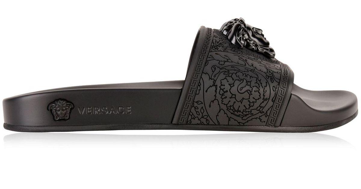 b0b918079 Versace Ciabattina Sliders in Black - Lyst