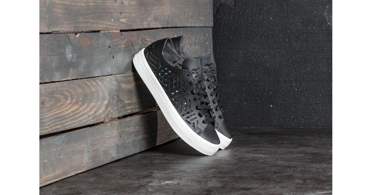 64c4134100 adidas Originals Adidas Courtvantage Cutout W Core Black/ Core Black/ Off  White in Black - Lyst