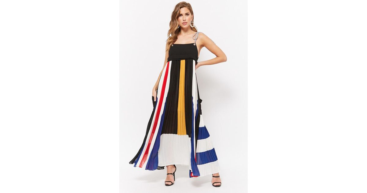 ec04bfc2144 Forever 21 Colorblocked Accordion Pleat Maxi Dress in Black - Lyst
