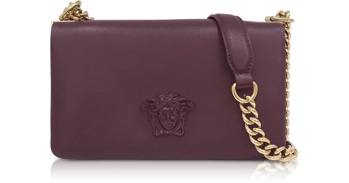 4196123904da Versace Palazzo Nappa Leather Shoulder Bag W medusa in Purple - Lyst