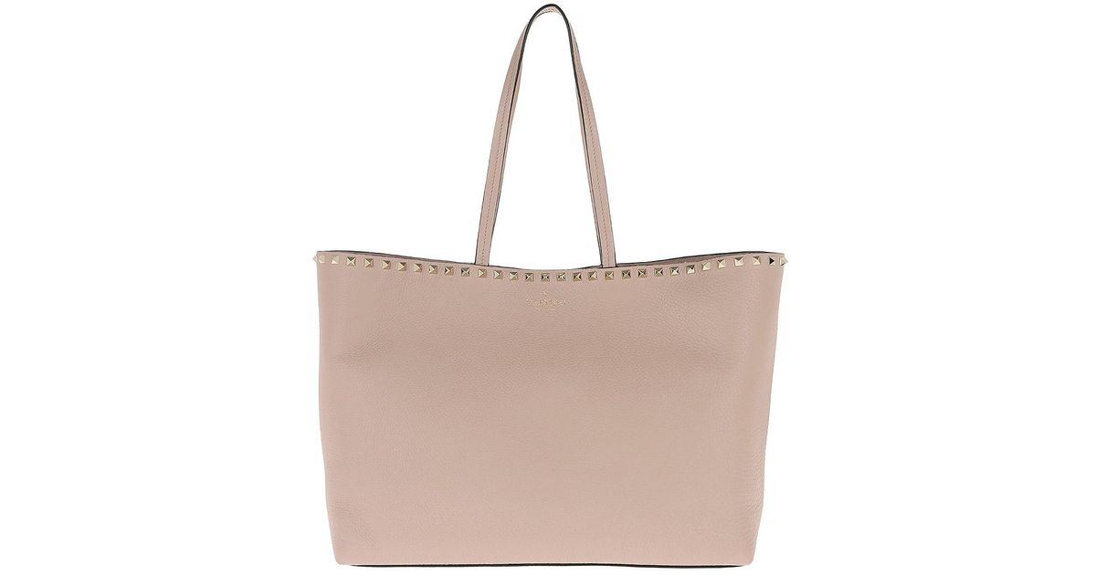 d72727bd36de Lyst - Valentino Rockstud Studded Shopping Bag Leather Poudre in Pink