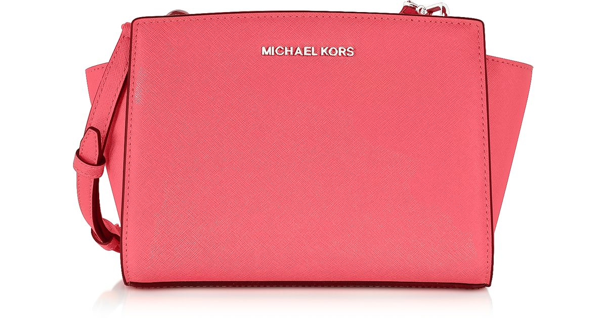 055df099dcaef ... best lyst michael kors selma saffiano leather medium messenger bag in  pink 2d58a ae551