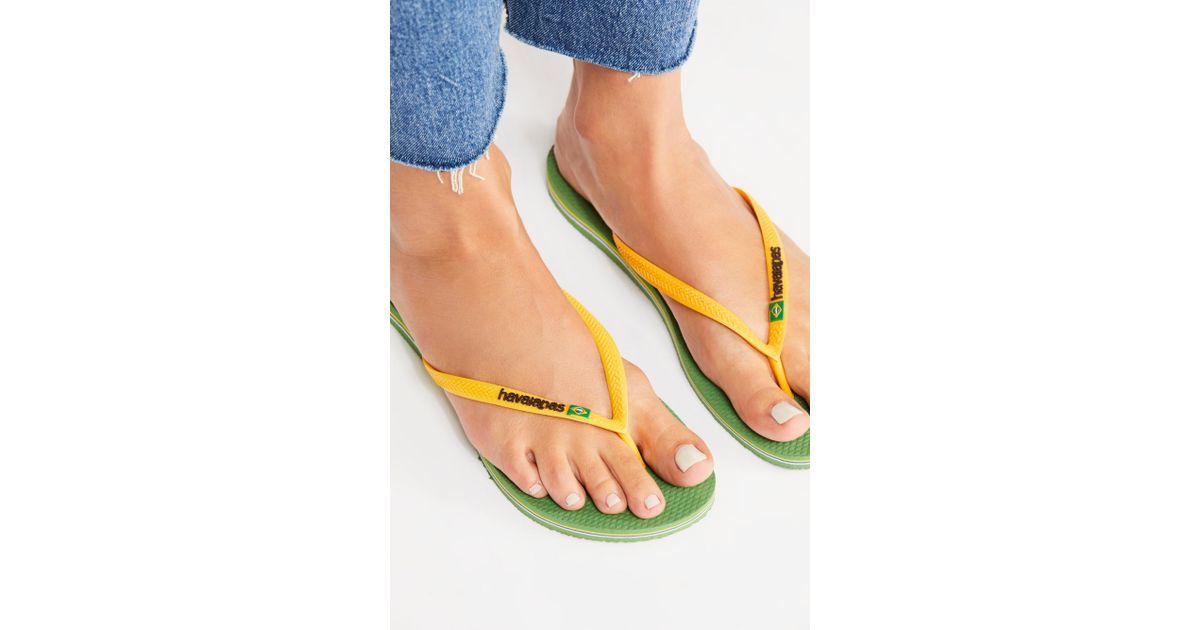 bee881ef7af3 Free People Slim Brazil Sandal By Havaianas in Green - Lyst