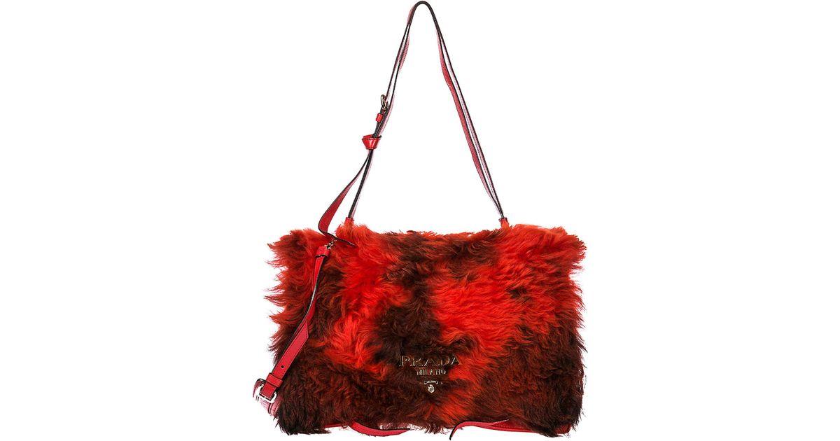 6f55fce1679e59 Prada Shoulder Bag in Red - Save 40% - Lyst
