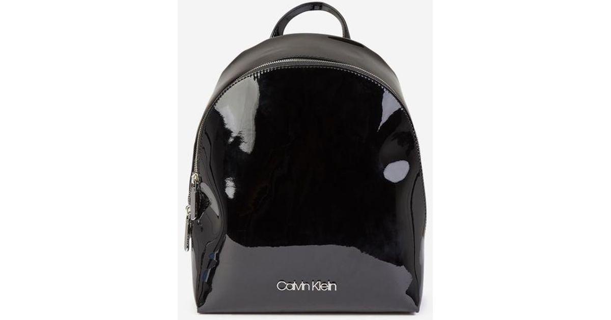 Sac à dos vinyl Calvin Klein en coloris Black