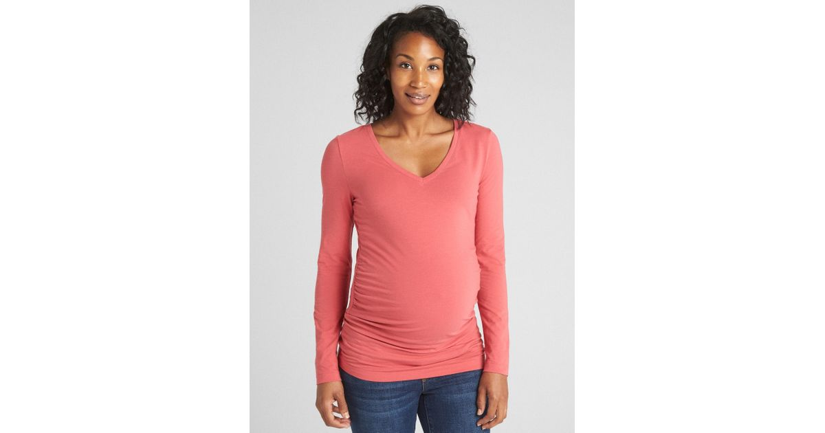 4c67ef647f0b Lyst - Gap Maternity Pure Body V-neck T-shirt in Pink