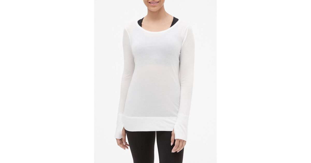 bb590c2f2a01 GAP Factory Gapfit Open-back Long-sleeve T-shirt in White - Lyst