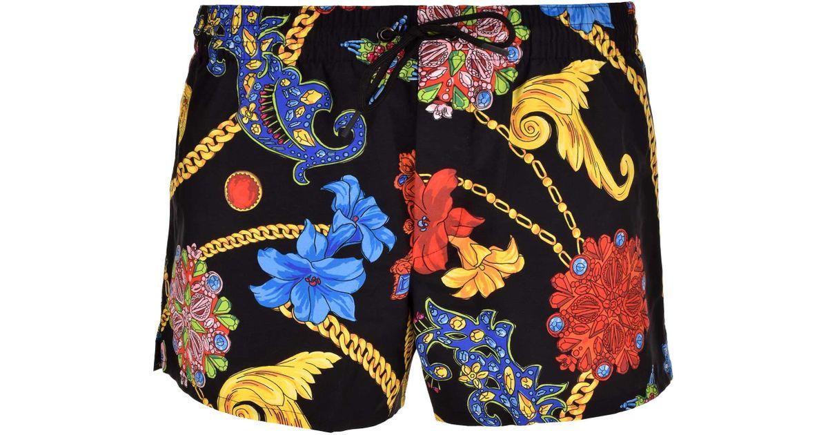 221325746 Versace Chain Print Swim Shorts Black print in Black for Men - Lyst