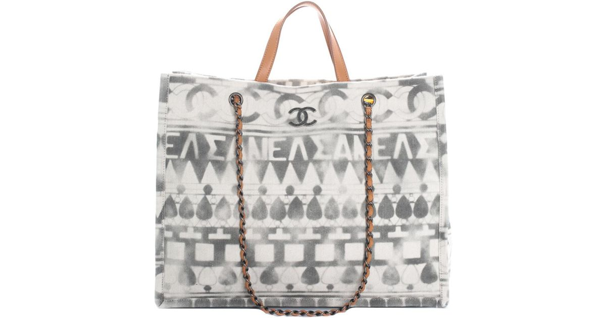 d46c38c0c Chanel 2018 Grey & White Canvas Large Iliad Deauville Shopping Tote in Gray  - Lyst