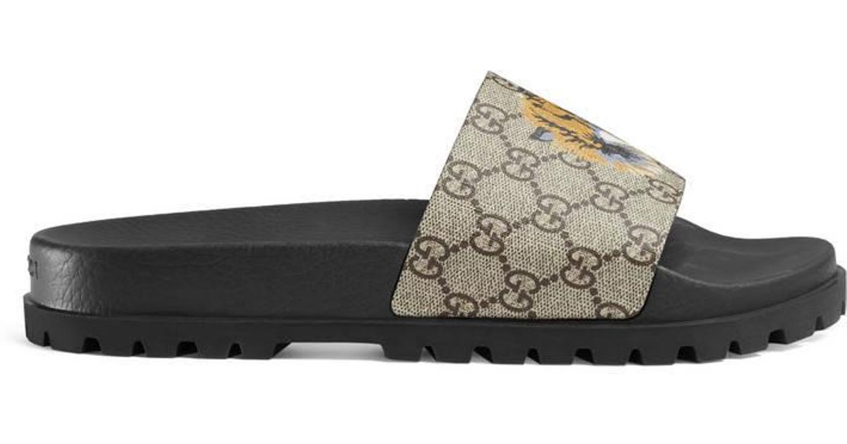847dc5174 Gucci GG Supreme Tiger Slide Sandal in Natural for Men - Lyst