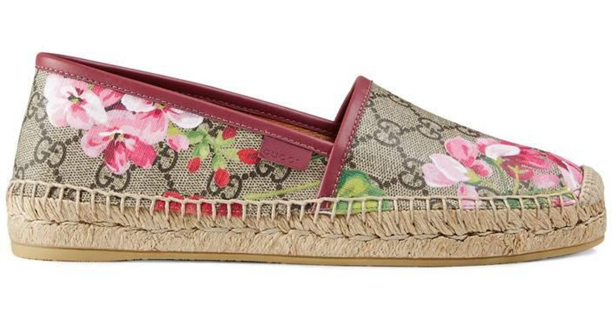 85d8fe1b Gucci Gg Blooms Supreme Espadrille in Pink - Lyst