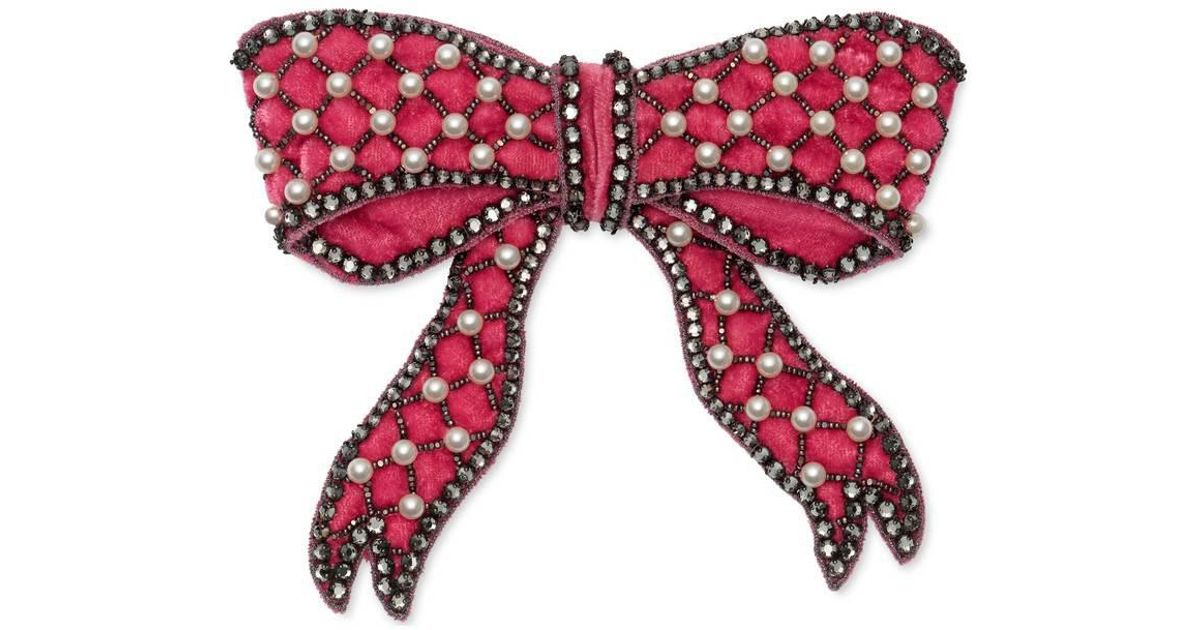 be04b5809f5 Lyst - Gucci Velvet Bow Brooch in Red