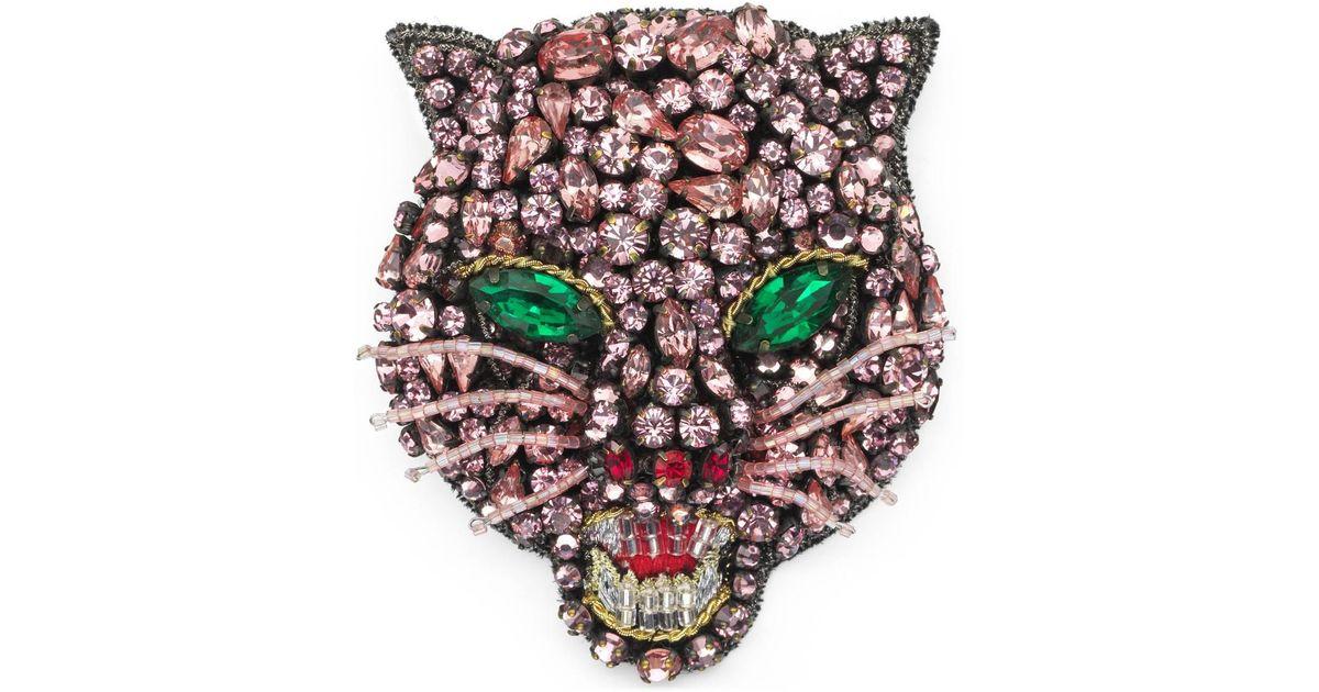 77a87fcea69 Lyst - Gucci Crystal Cat Head Brooch in Pink