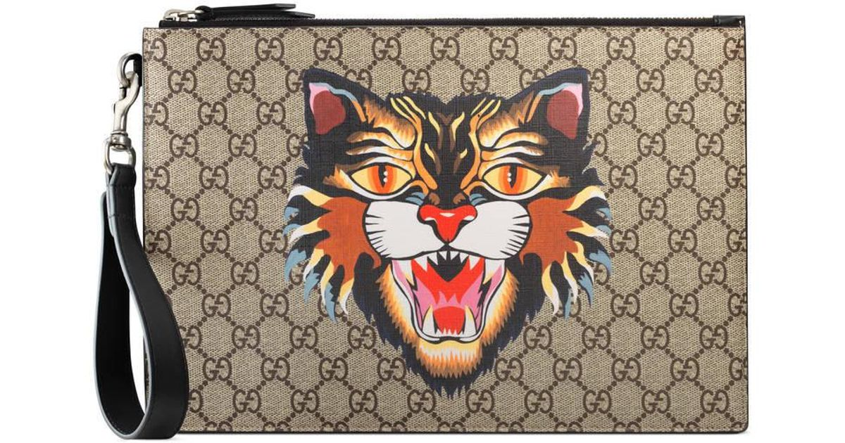 ada364f92370 Gucci Angry Cat Print Gg Supreme Pouch in Natural - Lyst