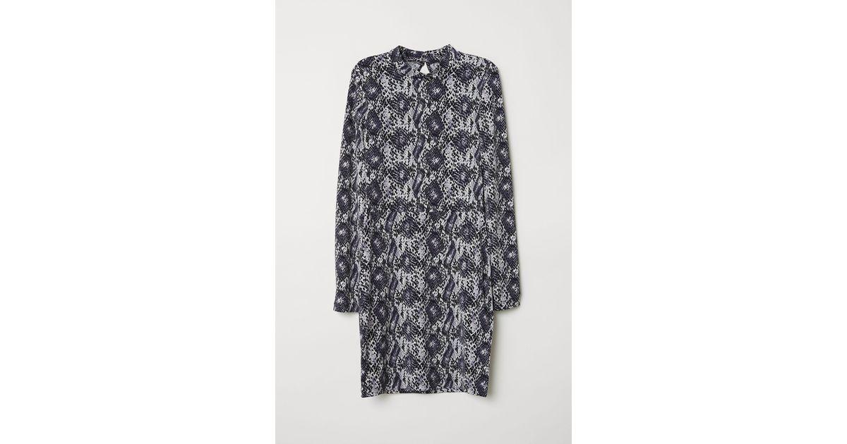 c75a33c72d3b H&M Fitted Jersey Dress in Black - Lyst