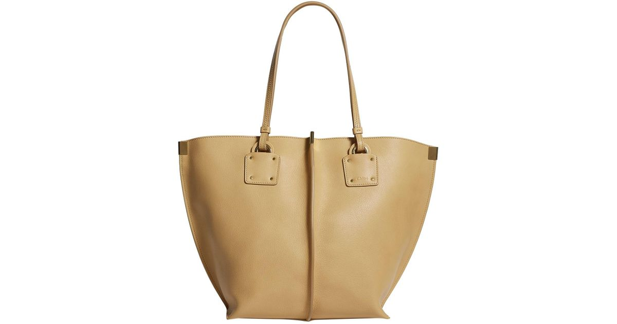 f287c65473 Lyst - Chloé Medium Leather Vick Tote Bag in Natural