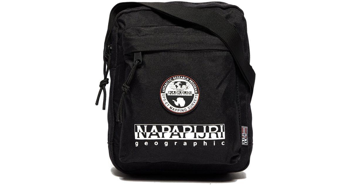Napapijri Happy Cross Body Bag in Black for Men - Lyst