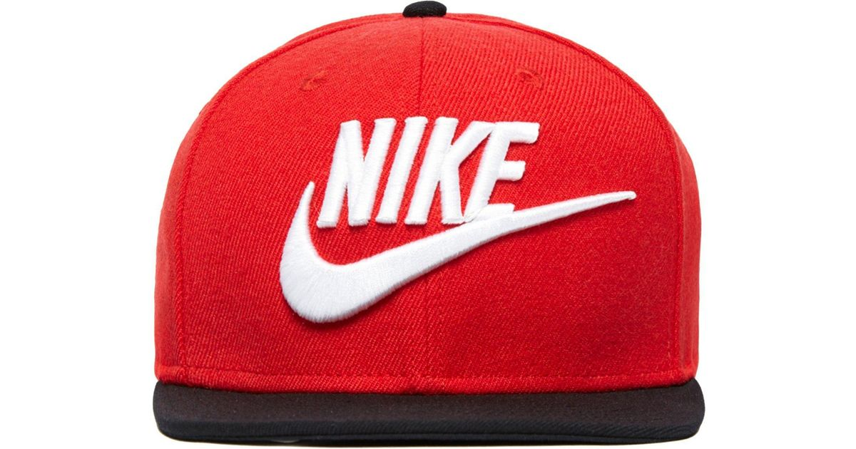 3c3f70ecaa7 Lyst - Nike Futura True 2 Snapback Cap in Red for Men