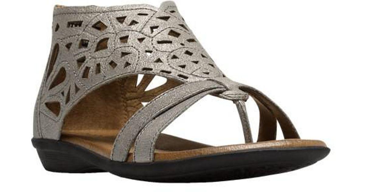 b990e051b Lyst - Rockport Cobb Hill Jordan Thong Sandal in Metallic