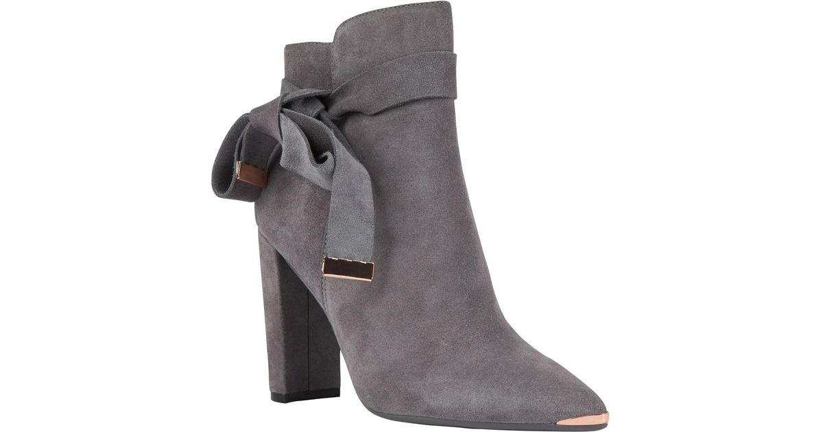 e0e8ac08625 Ted Baker Sailly Block Heel Boots in Gray - Lyst