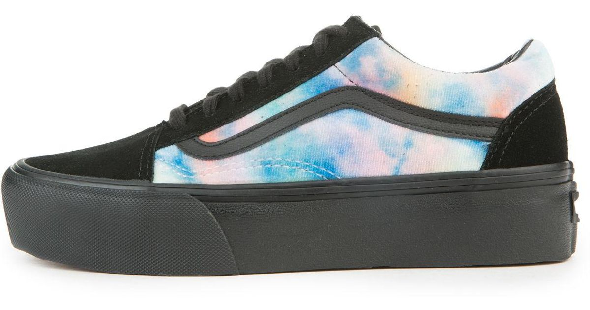 8ceb0cbb09fa Lyst - Vans The Women s Old Skool Platform In Velvet Tie Dye Multi And  Black in Black