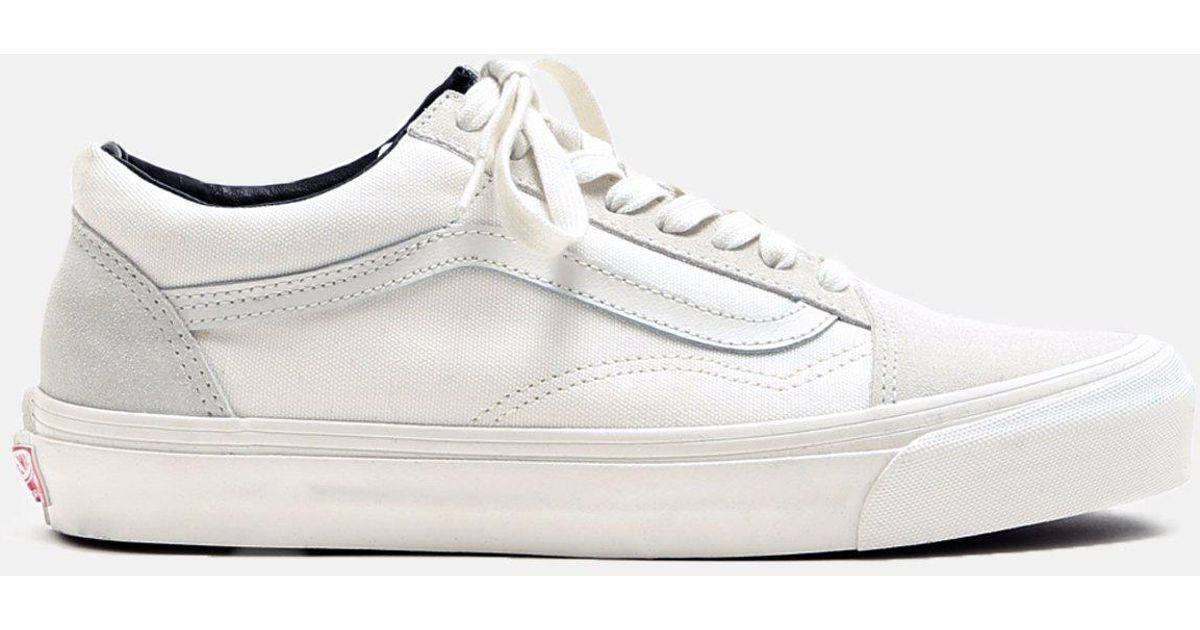 a19ad155d4a6 Lyst - Vans Og Old Skool Suede Canvas Sneakers in White for Men