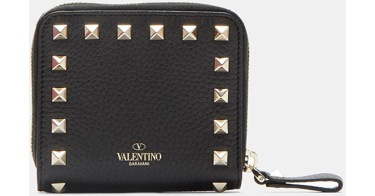 a4262275b3b3 Valentino Pyramid Stud Zipped French Wallet In Black in Black - Lyst