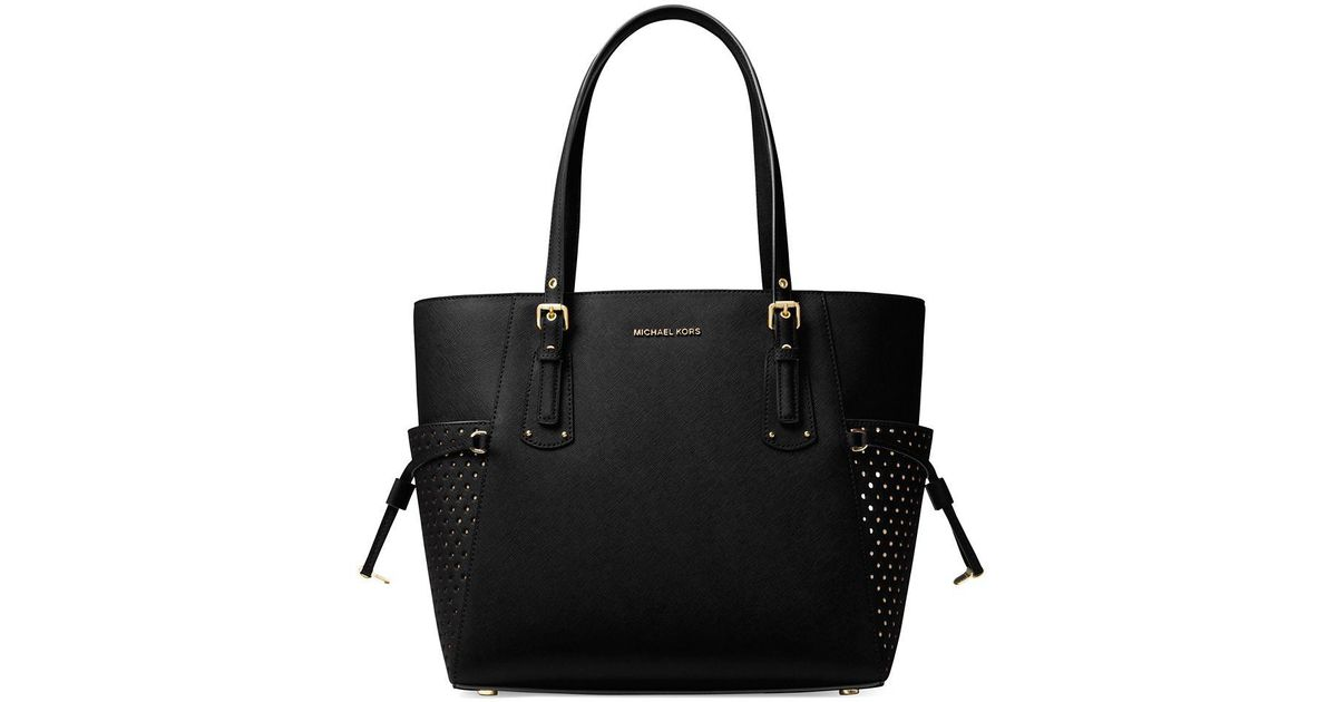 62c6f8af9cd1ad MICHAEL Michael Kors Voyager Signature Leather Tote in Black - Lyst