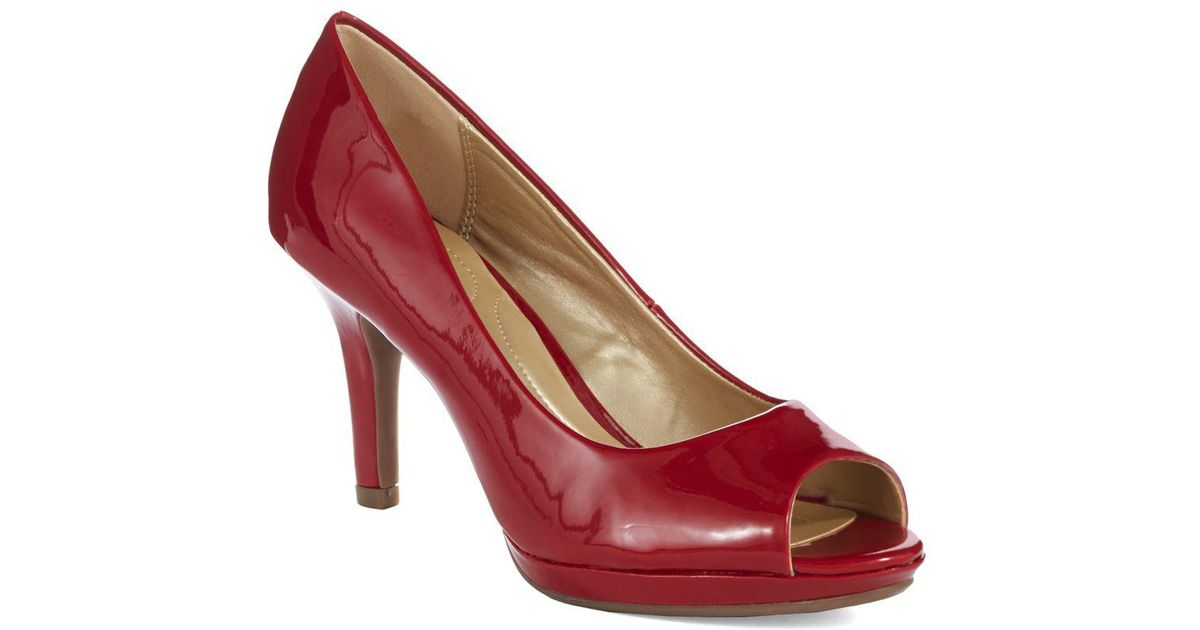 d76c3ff90270 Lyst - Bandolino Supermodel Peep Toe Pumps in Red