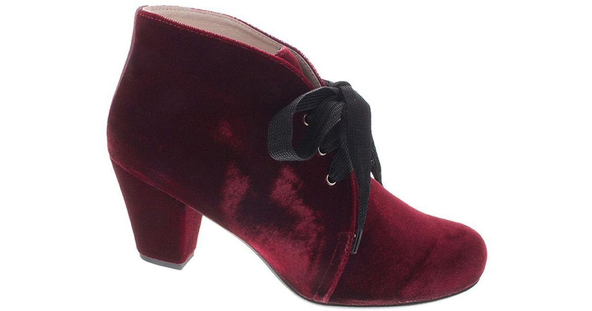 74e9fc8e37b3 Patricia Green Clair Velvet Lace-up Booties in Purple - Lyst