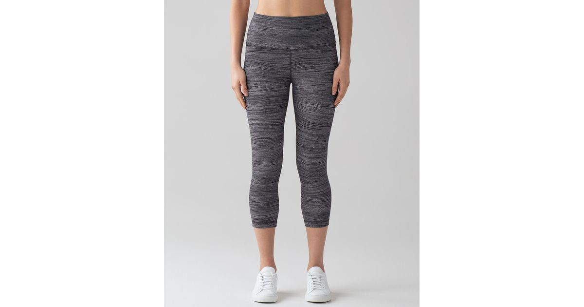 c05706fa6 Lyst - lululemon athletica Wunder Under Crop (hi-rise) in Gray