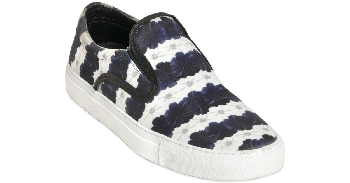 White and Navy Floral Stripe Achilles Slip-On Sneakers Mother Of Pearl BLBEVWQ6e