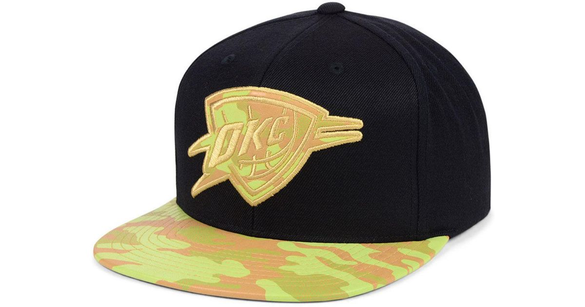cheap for discount a501d 4f1d3 Lyst - Mitchell   Ness Oklahoma City Thunder Natural Camo Snapback Cap in  Black for Men